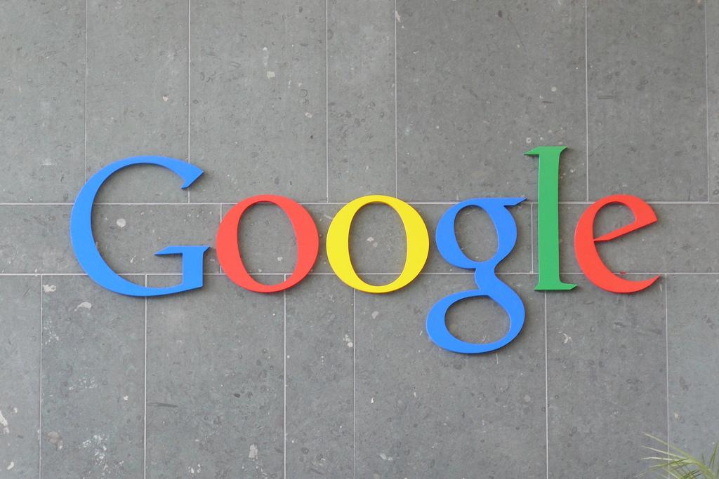 Google Updates AMP Display